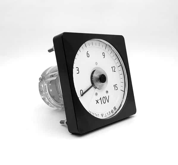 Вольтметры постоянного и пульсирующего тока М1611