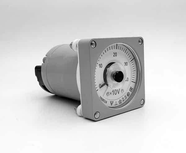 Вольтметры вибро-и ударопрочные постоянного тока М1420.1 (М1420)